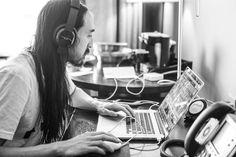Music, Film, TV and Political News Coverage Dj Pics, Dj Steve Aoki, Political News, Sxsw 2014, Behind The Scenes, Singer, Monkey, Snake, Beautiful People