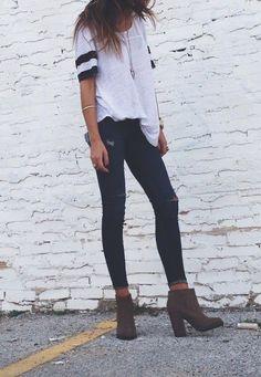 Athletic tees + skinny jeans.