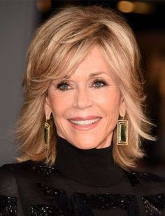 Slay Your and Beyond With These Gorgeous Haircuts – Rachel Betts Slay Your and Beyond With These Gorgeous Haircuts Jane Fonda Top 10 Haircuts, Short Shaggy Haircuts, Hairstyles Over 50, Cool Hairstyles, Stylish Haircuts, Jane Fonda Hairstyles, Hairstyle Ideas, Modern Haircuts, Black Hairstyles