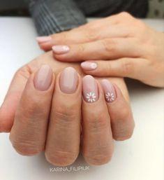 Daisy Nails, Pink Nails, Daisy Nail Art, Nail Manicure, Nail Polish, Gel Manicure Designs, Gel Nail Art, Jolie Nail Art, Subtle Nails