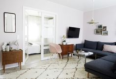 Loving the look of this room with a vintage Beni Ouarain carpet from Beyond Marrakech!  More beautiful carpets available on my website www.beyondmarrakech.com
