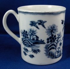 Antique 18thC Worcester Porcelain Blue & White Mug Cup Porzellan Tasse English USA BIN £265