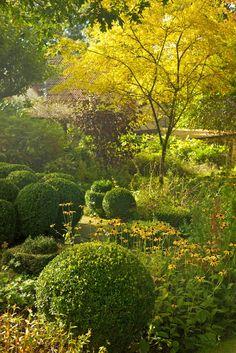 Le Flâneur Bleu: The Laskett Gardens in October Landscape Design, Garden Design, My Secret Garden, Autumn Garden, Garden Styles, Dream Garden, Garden Planning, Garden Paths, Garden Inspiration