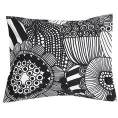 s Siirtolapuutarha pillowcase features Maija Louekari's cheerful pattern that depicts beautiful summer flowers growing in allotment gardens. Made of cotton, the black and white pillowcase measures 50 cm x 60 cm. Allotment Gardening, White Duvet Covers, Marimekko, Scandinavian Living, Nordic Design, Summer Flowers, Linen Bedding, Ikat, Screen Printing