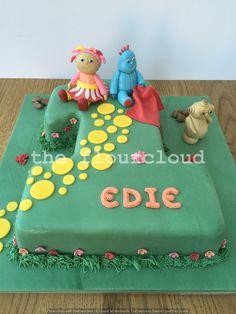 Iggle Piggle, Upsy Daisy and Makka Pakka. In the night garden birthday cake. Garden Birthday Cake, 2 Birthday Cake, 2nd Birthday Parties, Baby Birthday, Birthday Ideas, Twin First Birthday, Garden Cakes, Night Garden, Cake Stuff