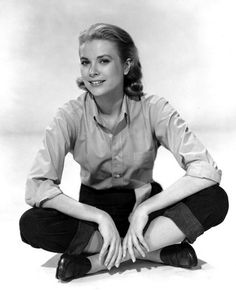 Grace Kelly - simple & chic!!
