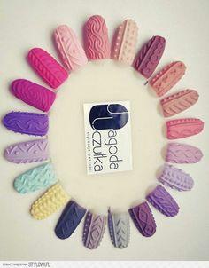 Sweterki na paznokcie :)