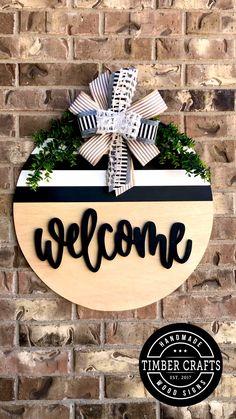 Wooden Door Signs, Wooden Door Hangers, Diy Wood Signs, Kids Door Signs, Painted Wooden Signs, Wood Signs For Home, Home Decor Signs, Wooden Decor, Wood Front Doors