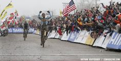 Sven Nys wins his second Elite World Championship over Klaas Vantornout in Louisville, KY. © Nathan Hofferber - via Cyclocross Magazine