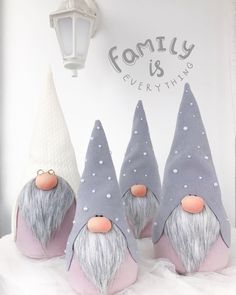 Nordic gnomes are perfect for Christmas and all year too. Clay Christmas Decorations, Easy Christmas Crafts, Christmas Gnome, Christmas Projects, Handmade Christmas, Christmas Ornaments, Gnome Ornaments, Christmas Bags, Christmas Stockings