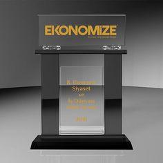 #ödül#tören#plaket#plaketinadresi#kupa#görsel#tasarımınadresi#farklitasarimlar#özgürkristal#özeltasarım#kristal#ekonomize#ekonomizedergisi#işdünyası#ekonomi#siyaset#ve#işdünyası#ödül#töreni#2016#