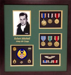 (http://www.militarymemoriesandmore.com/army-air-corps-military-display-frame/)