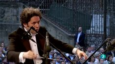 """Beethoven Symphony No 9 in D minor """"An die Freude"""" """"Ode to Joy"""" Gustavo Dudamel - YouTube"""