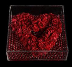 Ovando's El Corazon arrangement is just stunning and perfect for Valentine's Day.