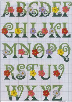 FREE Point Cruz: Alphabets with flowers Cross Stitch Alphabet Patterns, Cross Stitch Letters, Embroidery Alphabet, Cross Stitch Books, Cross Stitch Needles, Cross Stitch Baby, Embroidery Fonts, Cross Stitch Flowers, Cross Stitch Charts