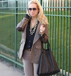 I'm loving a little neutral inspiration for back to work wear #9to5style