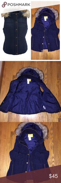 """✨NWT Blue Hooded Puffer Vest  NWT ✨PLUS FREE GIFT✨ This is a blue puffer vest with a tan trim and a zipper and snap button closure. There are two pockets, a buttoned storm flap, quilted design, removable faux fur and contrasting tan trim. Brand new with tags!  Prince and Fox Brand. Slim fit. Approx. length: 24"""" Machine wash/dry. 💥FREE GIFT WITH PURCHASE! 💥 Jackets & Coats Vests"""