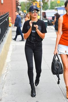 """Hailey Baldwin Is """"Really Never Trying That Hard"""" to Get Her Look Right"""