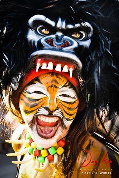 Henna Body Art, Spirit Animal, Body Painting, Halloween Face Makeup, Wildlife, Animals, Funny Stuff, Behance, Teaching