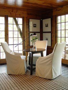 Simple mais efficace: une petite salle à manger champêtre et quelque peu minimaliste! vous aimez?