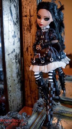 """Inspired by the video game series """"American McGee's Alice: Madness Returns"""" This REanimation has been quite the involved project. Six different artists have come together with their expertise combined. Monster High Doll Clothes, Custom Monster High Dolls, Monster Dolls, Monster High Repaint, Custom Dolls, Steampunk Dolls, Gothic Dolls, Ooak Dolls, Blythe Dolls"""