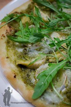 Pizza Pesto, Pizza Legume, Artichoke Recipes, Salty Foods, Pizza Rolls, Seaweed Salad, Cheesesteak, Finger Foods, Healthy Recipes