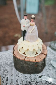 rustic dessert table and family cake topper