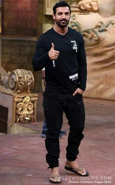 Comedy Circus: Sonakshi Sinha and John Abraham light up the sets with their energy view HQ pics Bollywood Actors, Bollywood Celebrities, Mode Masculine, John Abraham Body, Comedy Circus, Boy Fashion, Mens Fashion, Bollywood Pictures, Hottest Male Celebrities