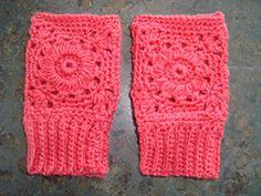 Ravelry: Toddler Fingerless gloves pattern by Katherine Heise