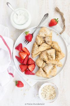 Skyr-Kaiserschmarrn - My list of the most healthy food recipes Healthy Protein, Healthy Sweets, Healthy Dessert Recipes, Health Desserts, Healthy Foods To Eat, Healthy Life, Healthy Snacks, Healthy Eating, Snacks Recipes