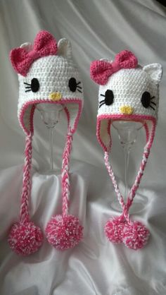 Love how they turned out..I made the ears pointier and added pompons ....best free pattern I have found! :)