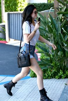 Kylie Jenner - Kylie Jenner Heads to the Office