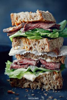Sliced tenderloin and truffle mayo sandwich with grainy mustard.  Luckily you really don't need a recipe for this since it's in Czech!