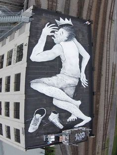 Sur les Toits – Le Street Art aérien par Ella et Pitr