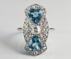 Jewelry             Art Deco, platina, diamantes, águas marinhas.