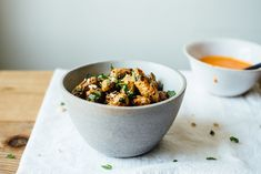 roasted fingerling potato salad w/ romesco + herby black quinoa | dolly and oatmeal #redpeppers