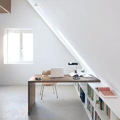 Trendy Home Library Design Attic Spaces Attic Bedroom Small, Attic Spaces, Bedroom Loft, Attic Bathroom, Attic Playroom, Home Library Design, Attic Design, Home Office Design, Attic Renovation