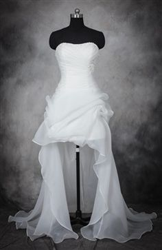 Soft Sweetheart Neckline Organza Hi-Low Wedding Gown with Beading Details