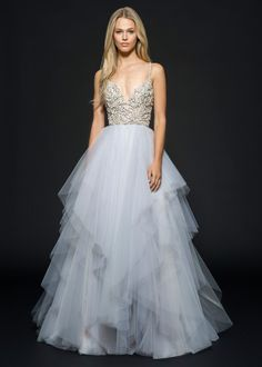 Arlo (6656) gown from the 2016 Hayley Paige collection, as seen on Bride.Canada