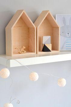 Dřevěný domeček – polička – BigPig