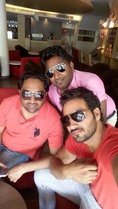 Hanji Kiddan Ji Sarre | Appan Chandigarh Aaj | Jeet Khan And Lucky Shah having Coffee . Kaim  aa Ji