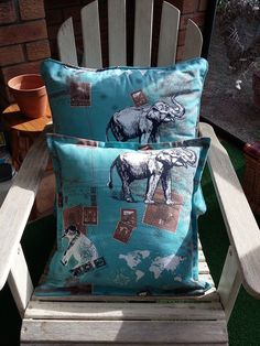 'Closing the circle' on 2nd chair on patio - by adding same print scatter…