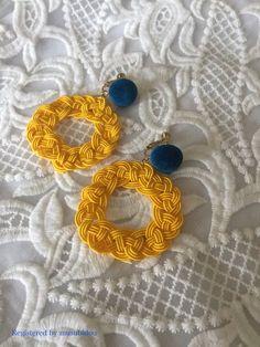水引のイヤリングの画像1枚目 Jewelry Knots, Jewellery, Idea Box, Handmade Accessories, Crochet Earrings, Patterns, Crafts, Ideas, Stud Earrings