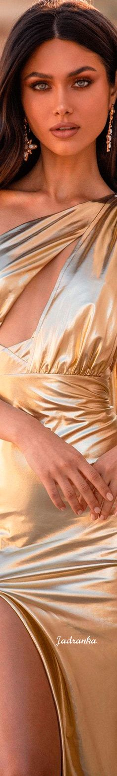 Alamour The Label, Shades Of Gold, Fifty Shades, Fool Gold, Gold Fashion, Women's Fashion, Classy And Fabulous, Love And Light, Beautiful World