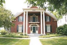 Kappa Kappa Gamma Houses: Kentucky