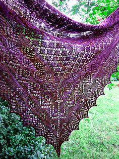 Elizabeth Shawl $5 USD for pattern