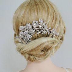 Amazon.com: Bridal Silver-Tone Flower Bumble Bee Hair Comb Clear Austrian Crystal: Beauty