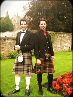 Jonathan and Drew Scott from The Property Brothers in kilts.  Canadian, but of Scottish ancestry.  Yeah boy.