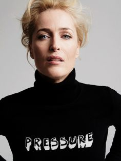 Gillian Anderson by Chris Floyd for Grazia Gillian Anderson, X Files, David And Gillian, Manequin, Melissa Rauch, Dana Scully, Famous Women, Famous People, American Actors