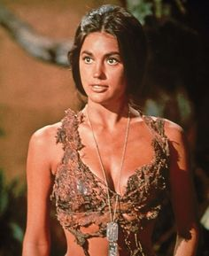 Tagged with sci fi, babes; Linda Harrison / Nova, Beneath the Planet of the Apes, 1970 Linda Harrison, Plant Of The Apes, Science Fiction, Style Glam, Image Film, Gena Rowlands, Faye Dunaway, Sci Fi Movies, Geek Movies